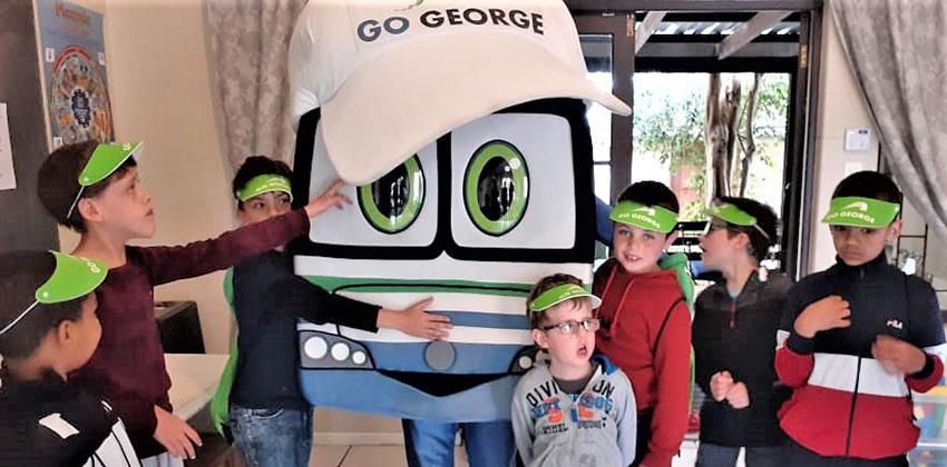 Georgie met Legacy kinders